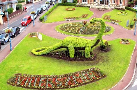 Le dinosaure de verdure